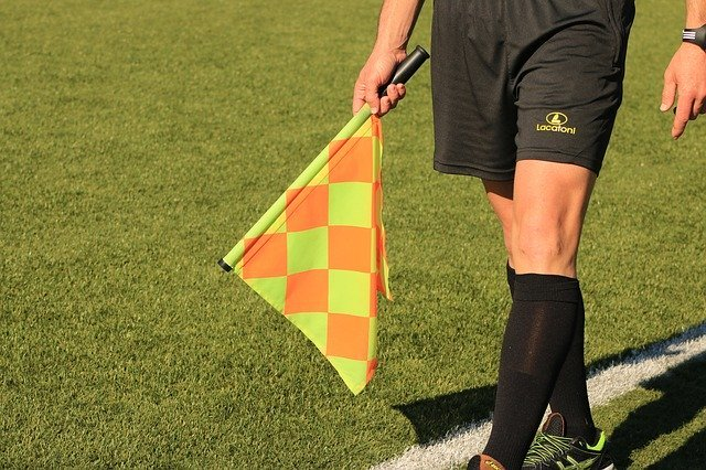 Flag Lineman Referee Soccer - Free photo on Pixabay (96836)