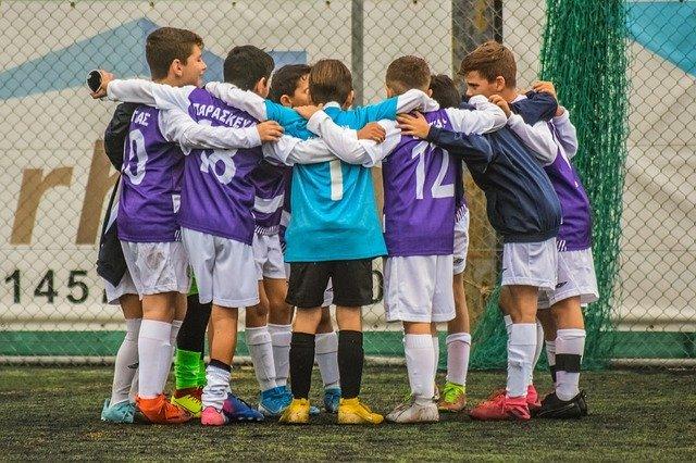 Team Spirit Football Soccer - Free photo on Pixabay (98301)