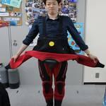 伊豆では8月、9月以外このドライスーツを着用します!
