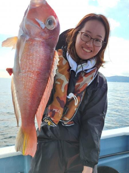 常連さんは今日は釣りを楽しんでいたようです。