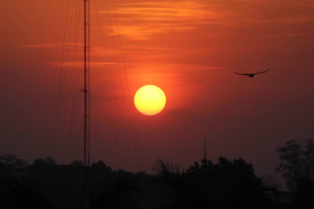 ウガンダ北部の夕暮れ