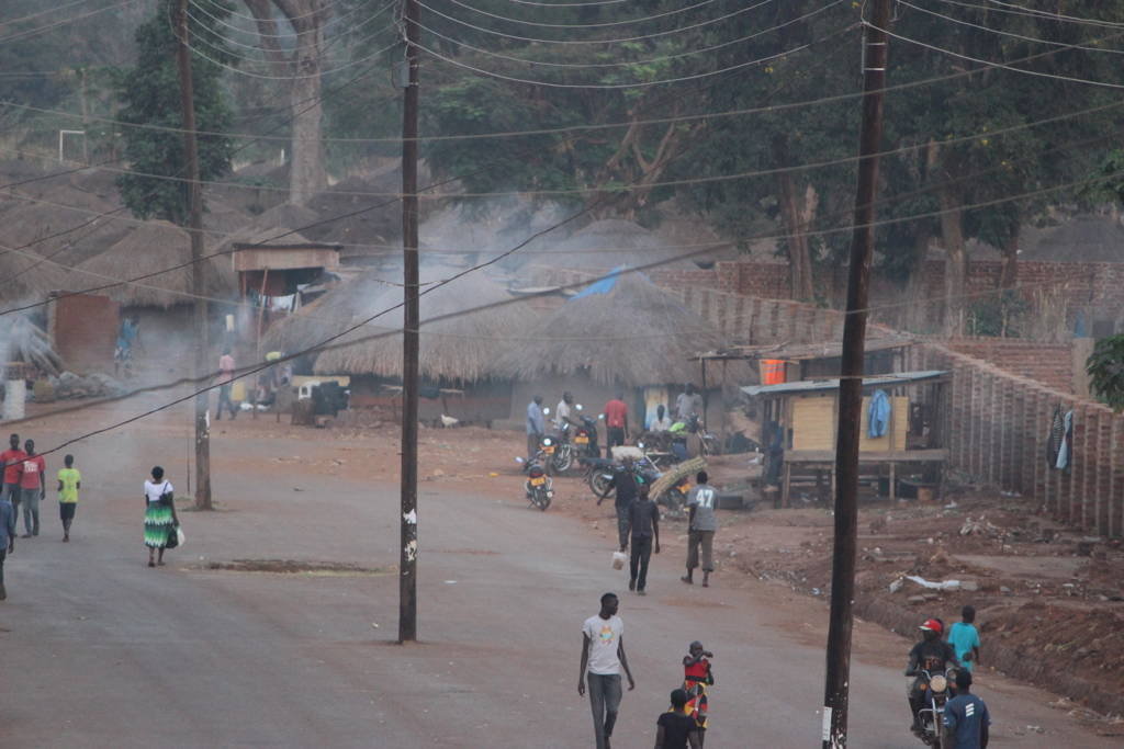 ウガンダ北部グル市内の様子