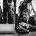 お金持ち職業のトップは「経営者」?弁護士も芸能人も苦戦中
