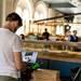 実店舗がない「ゴーストレストラン」が外食ビジネスの常識を変える?