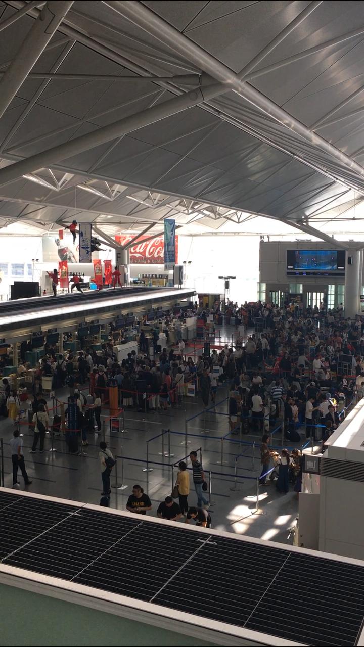 長蛇の列ができた中部国際空港