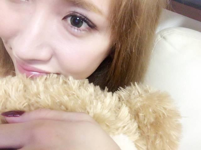 この秋、瞳はオリーブ色がオシャレ!?【ゆしんの美目育日記③】