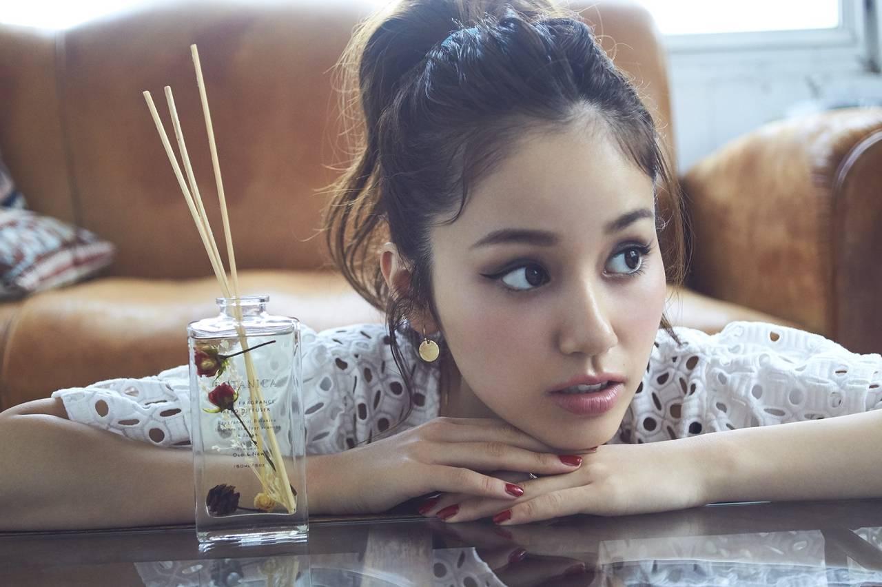 モデル姫野佐和子さんの「香り」と「キレイ」の素敵な関係