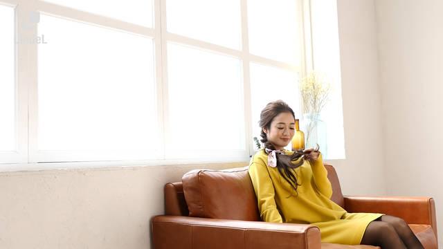 【ヘアアレンジ動画】手持ちのスカーフを使って簡単ヘアアレンジ<ロング編>