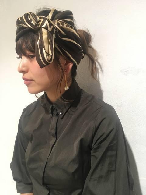 【春のお出かけヘアアレンジ】スカーフのヘアアレンジ&くるりんぱの簡単アレンジ