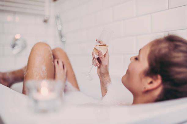 睡眠不足を解消する正しい入浴法って⁉【26日はお風呂の日♡】