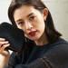 人気モデル、渡辺知夏子さんこだわりのベースメイク&愛用ポーチの中身をお披露目♡