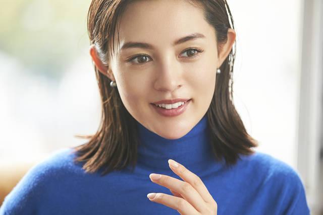 美肌モデル渡辺知夏子がキレイのために欠かさず飲んでいるものとは?