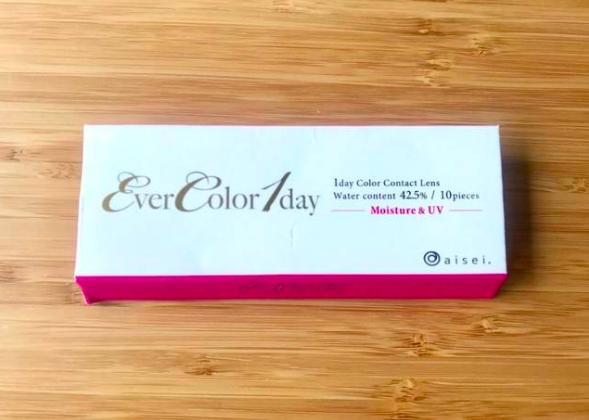 【エバーカラー ワンデー メルティオリーブのカラコンレポ】さりげないグリーン発色で瞳のニュアンスを変える!大人女子も使えるオリーブカラコン