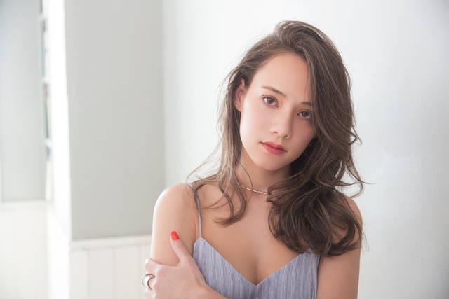 """今っぽさNo.1ヘアカラー♡あなたに似合う""""グレージュ""""見本帳"""