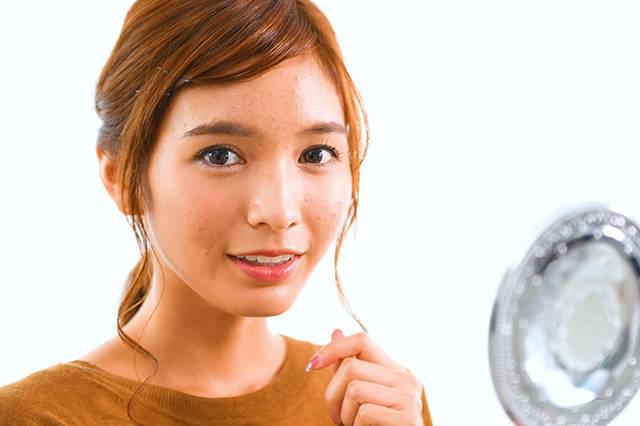 【ミネット レイヤーミストのカラコンレポ】大人っぽい瞳になれるニュアンスブラウンのカラコンをほのかちゃんが正直レポ!