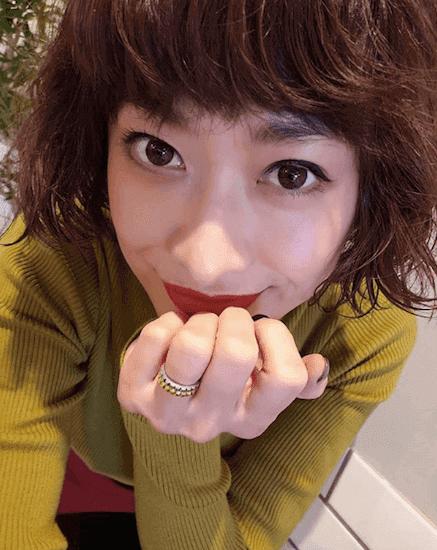 山田優、オリーブ色のカラコン自撮りに称賛の声「神レベル!」「美しい…」