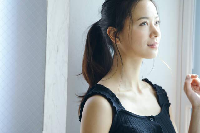 """高橋ユウさんが""""キレイ""""のために続けている5つのこと【美の秘密まとめ】"""