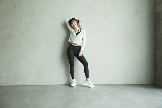 【マラソン・腹筋・ストレッチ】出岡美咲さんのスレンダー美ボディのつくり方