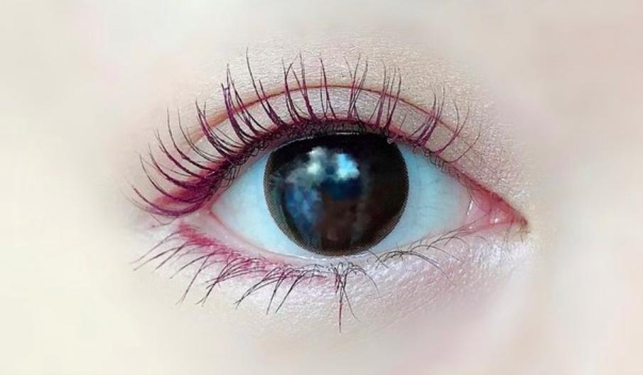 【ウェイブワンデー UVリングプラス ナチュラルベールのカラコンレポ】黒目を優しく包み込むナチュラルブラウンカラコン