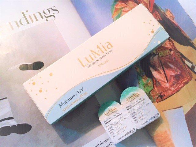 【ルミア モイスチャー クォーツブラウンのカラコンレポ】色素薄めなベージュミックスがふんわりフェミニンEYEに見せる♥