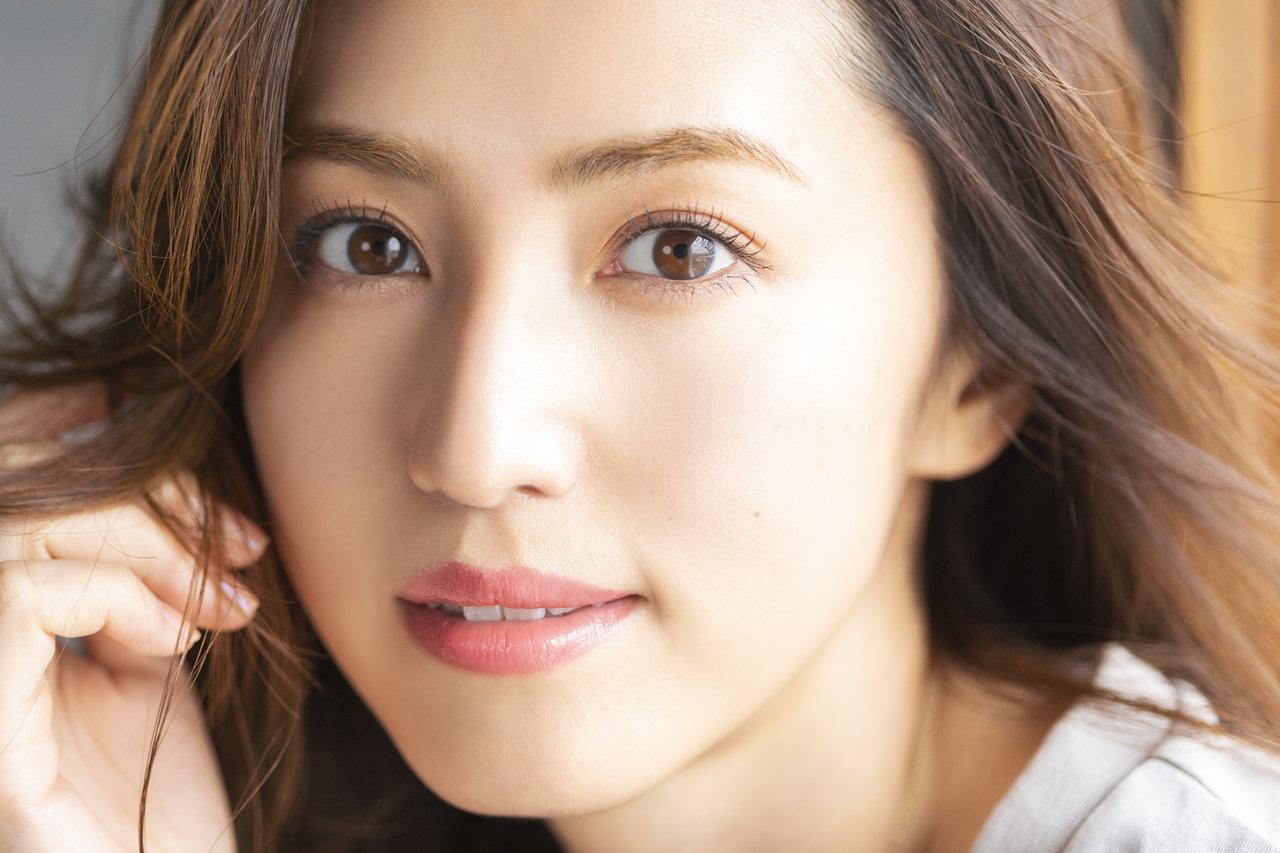 美の賢者、有村実樹さんが伝授! 大人の女性が美しい目元をキープするために取り入れるべき4つのケア