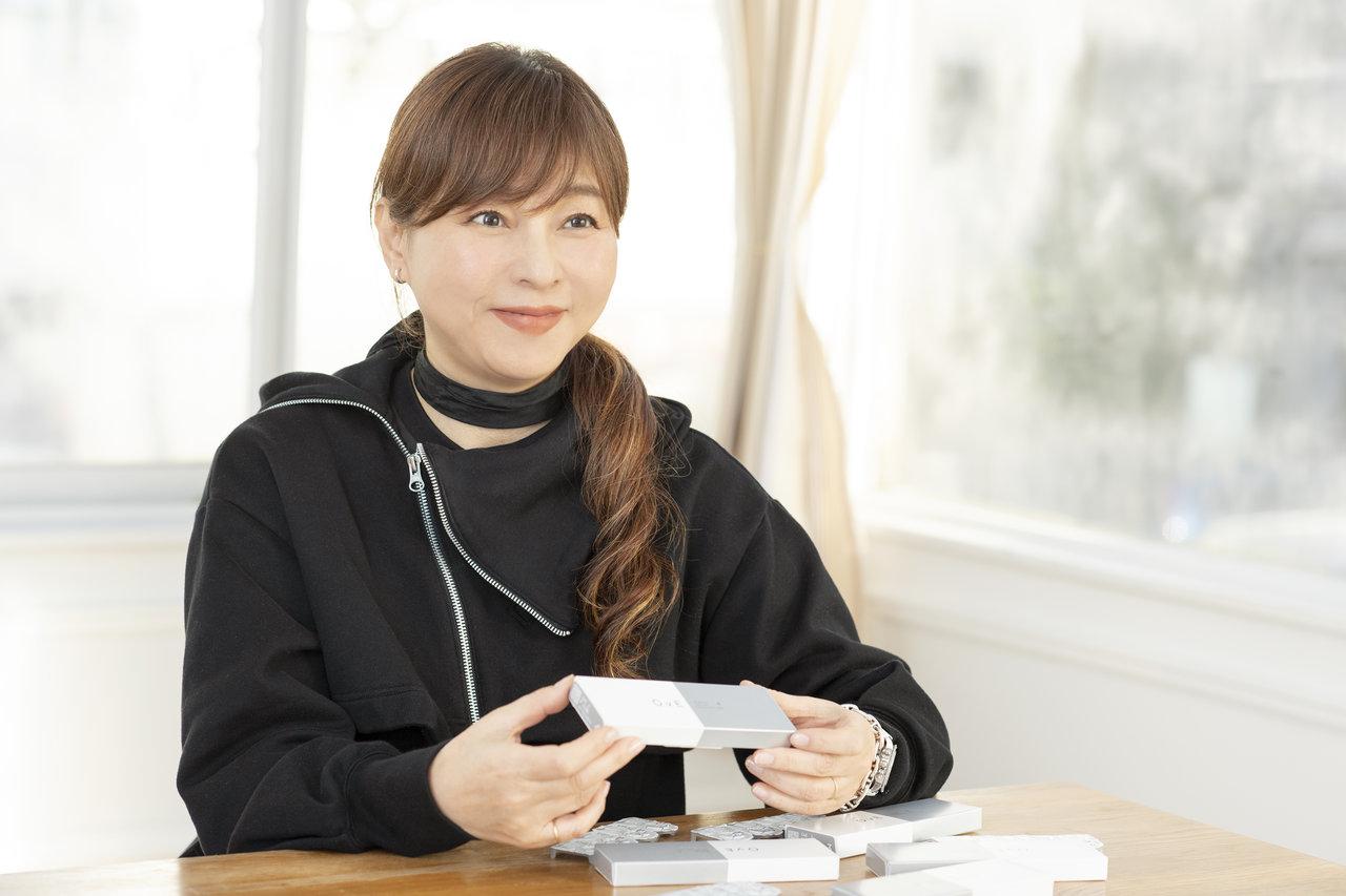 誰でもキラキラと輝くやさしい瞳に! 中野明海さんに聞くキャッチライトレンズ「OvE(オヴィ)」の魅力