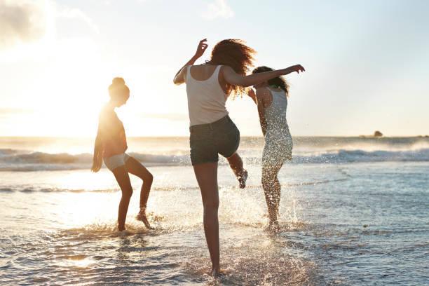 【オルソケラトロジー】で裸眼生活。今年の夏は、コンタクトレンズを気にせず海を満喫♡