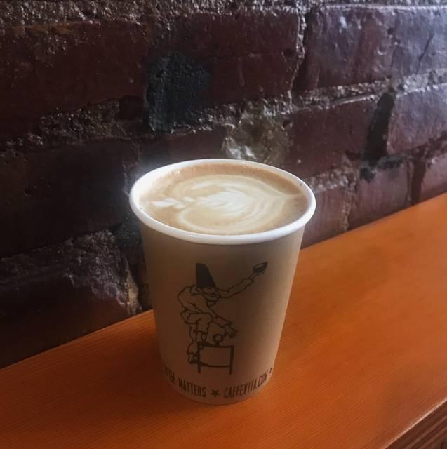 滝沢の断トツでお気に入りのカフェは「Cafe Vita 」♡