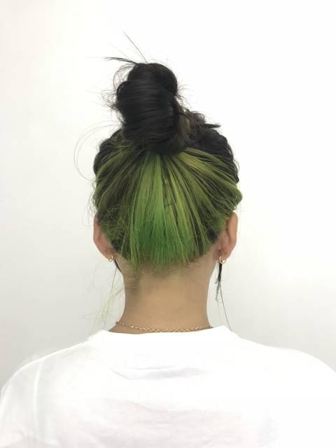 ネオングリーンのインナーカラーに挑戦♪