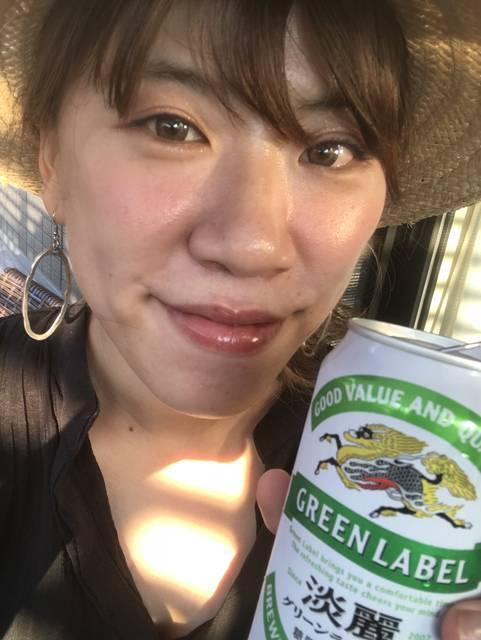 外で飲むビールは最高!