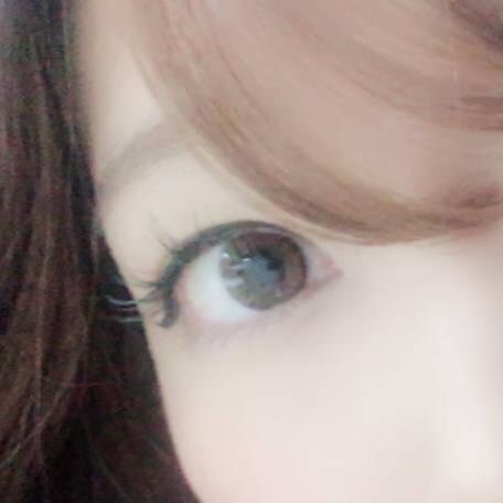フチがくっきりでくりっとした瞳に!