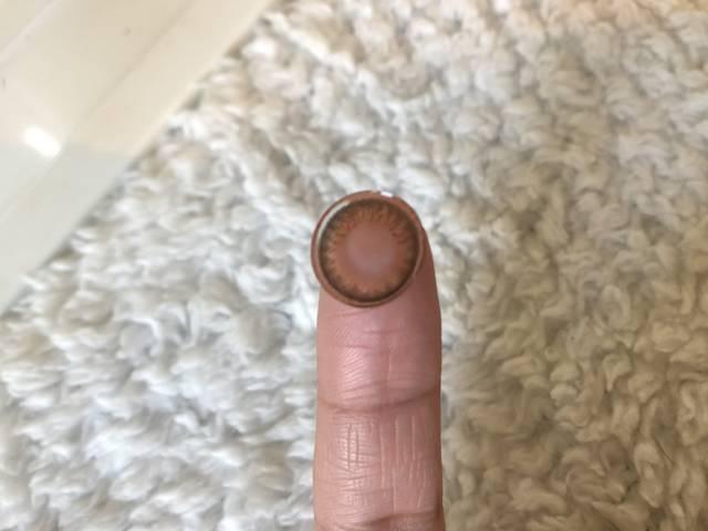 指に乗せてみました!