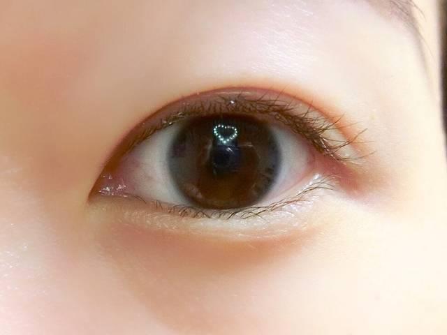 すっぴん&クリアレンズの裸眼はこちら。