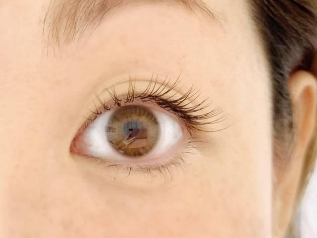かなり抜け感のある瞳になりました!