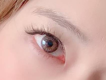 みずみずしい透明感のある瞳が演出できました!