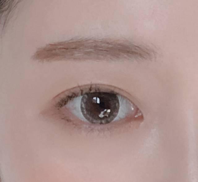瞳がキラキラ輝いて見える!