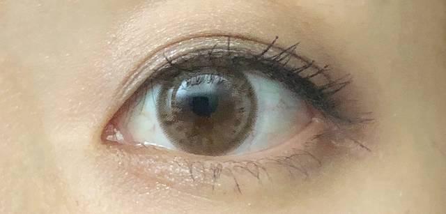 「元から色素薄いです♡」な瞳に!