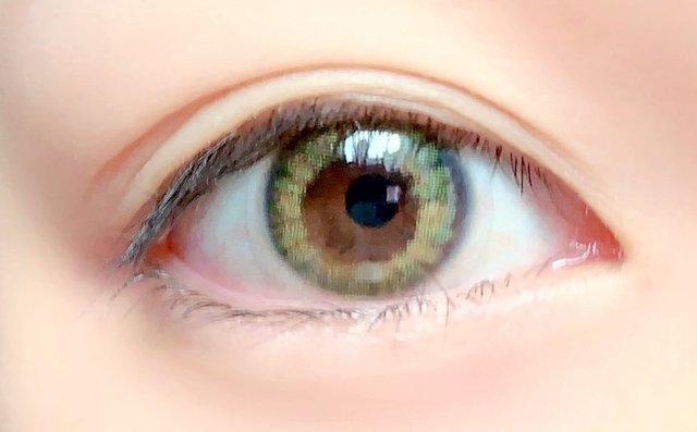 ふんわりとした着色で垢抜け瞳に✨