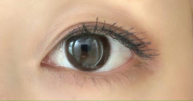 ダークブラウン×オリーブがイエベ秋の私の瞳にマッチ♡