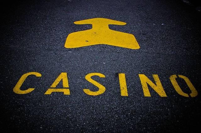 Free photo: Casino, Note, Roadway, Mark, Arrow - Free Image on Pixabay - 594157 (1970)