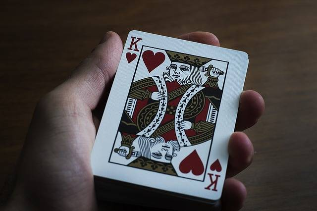 Free photo: Hand, Playing Cards, Paper, Table - Free Image on Pixabay - 1492256 (2195)