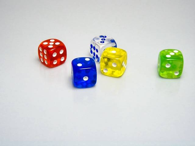Free photo: Dice, Game, Toy, Gambling, Red - Free Image on Pixabay - 585859 (2204)