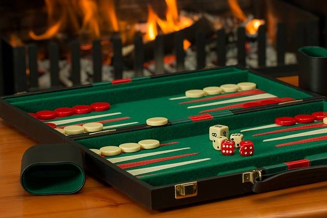 Free photo: Backgammon, Board Game, Fireside - Free Image on Pixabay - 2488089 (3446)