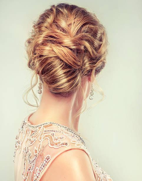 流行の、ゆるまとめ髪が可愛い♡
