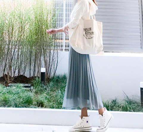 UNIQLO パーカ×ハイウエストシフォンプリーツスカート