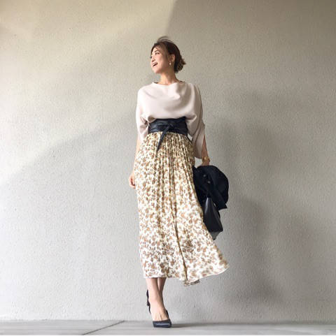 ZARA MENのライダースと390円花柄スカートの甘...