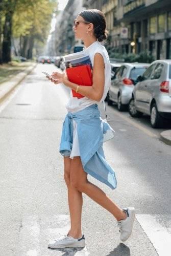 夏にしたい格好ですね。 トレンド+爽やかさ - 海外のストリートスナップ・ファッションスナップ (4253)