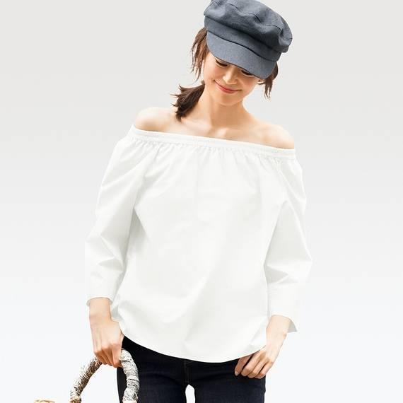 オフショルダーブラウス(7分袖)¥1,290 +消費税