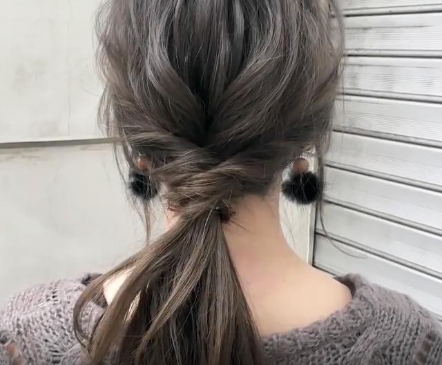 鎖骨下ミディアムヘアの簡単なヘアアレンジ SALONTube サロンチューブ 美容師 渡辺義明 - YouTube (7687)
