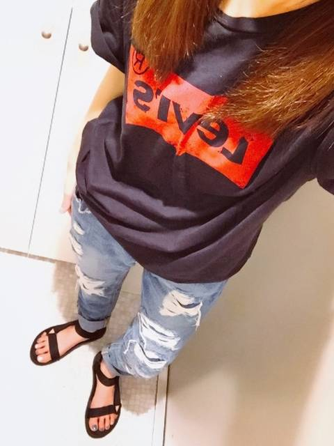 n☺︎|Levi'sのTシャツ/カットソーを使ったコーディネート - WEAR (9101)